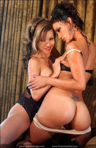Francine Dee и её подружка лесбиянка (16 фото)