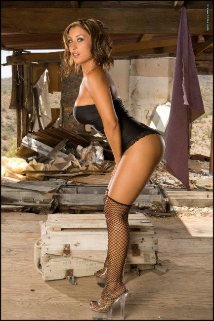Jessica Canizales с большими сиськами (12 фото)