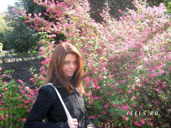 Самая красивая 18-ти летняя (10 фото)