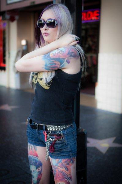 Девушки с татуировками (40 фото)