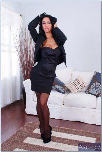 Стерва Angelina Valentine (10 фото)