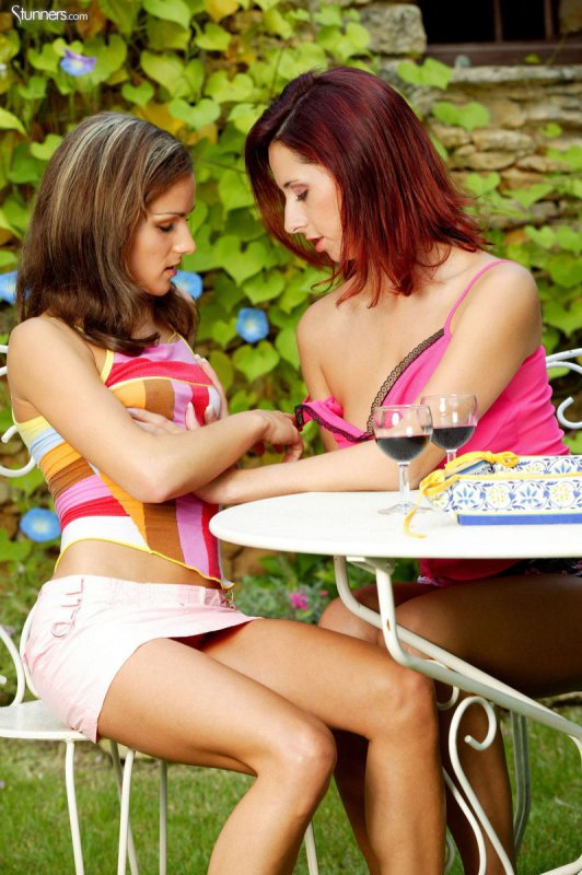 Лесби девочки (17 фото)
