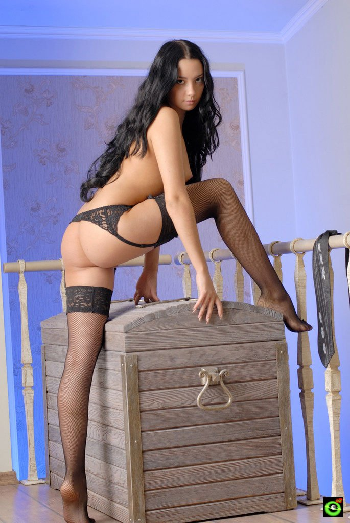 Секси дамочка в чулках фото 380-610