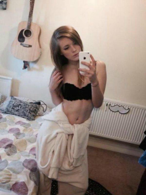 Обнаженные девушки в полотенцах (35 фото)