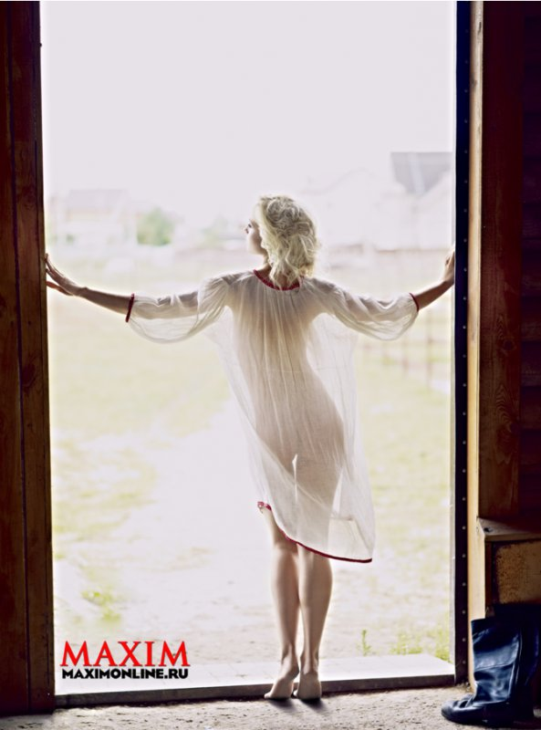 Полина Гагарина (6 ФОТО) НЮ в журнале Maxim