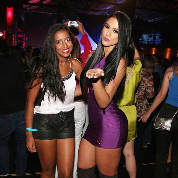 Девушки в ночных клубах (61 фото)
