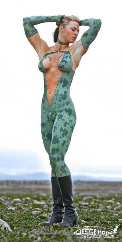 Сексуальный боди-арт девушек (21 фото)