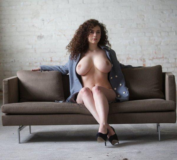 Подборка девок (85 фото)