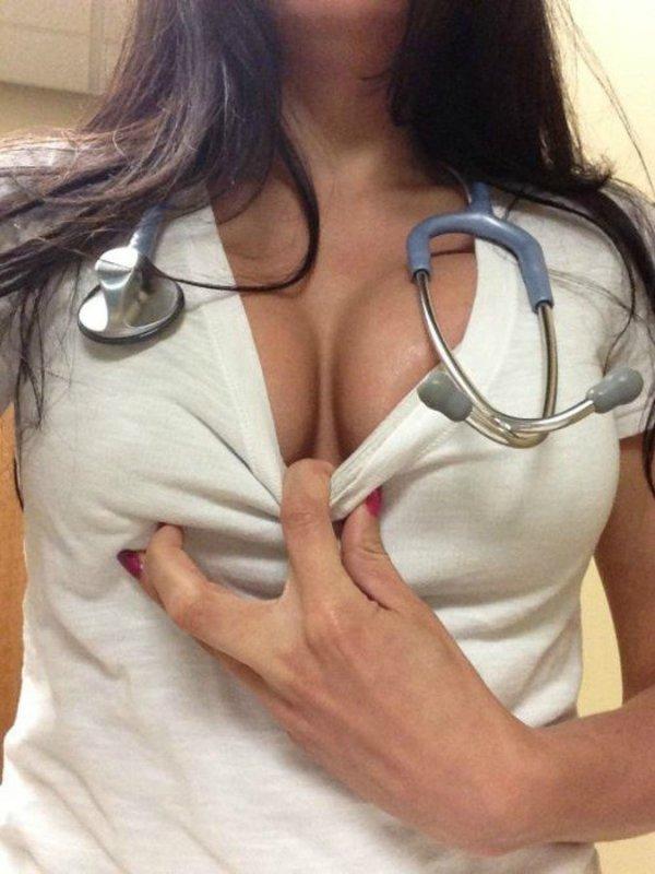 голые медички в колготках фото