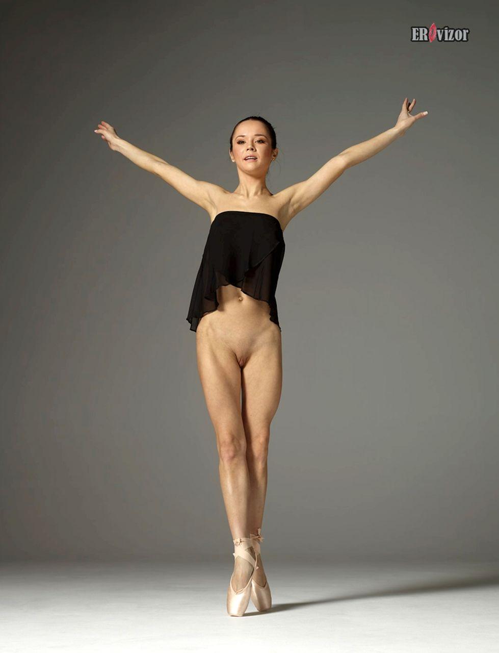magdalena-bare-ballet-erptoca-11