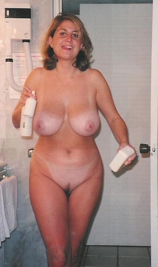 Порно актрисы с натуральной грудью фото