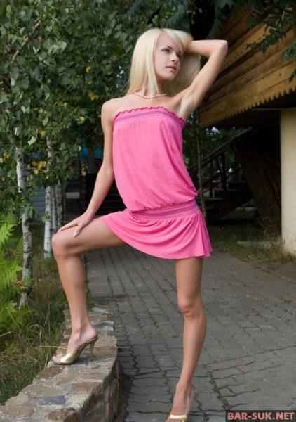 foto-11767-pokazivaet-sebya-bez-trusov-11
