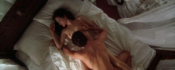 Angelina_Jolie_8