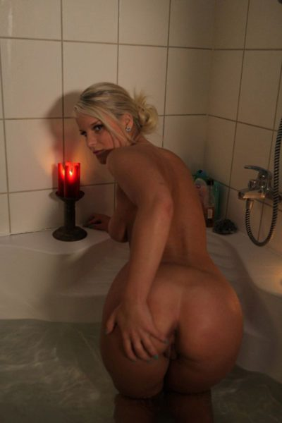 Kupanie_vannoj_svechami_10