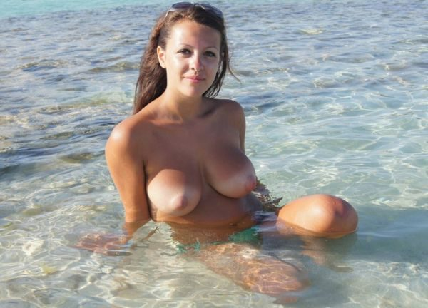 Nude_with_beautiful_breasts_12